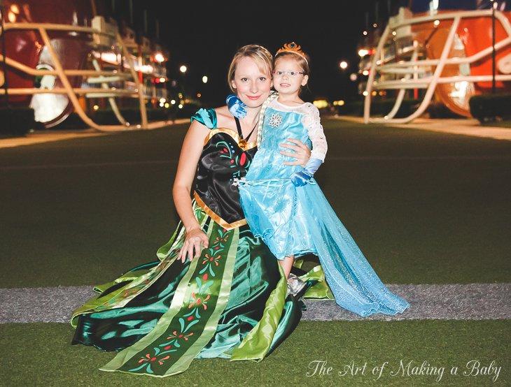 Family Halloween: Frozen At Disney
